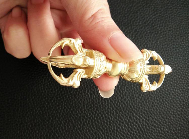 金刚杵,降魔杵,铜金刚杵,铸铜金刚杵,密宗法器,佛教法器,黄铜金刚杵,密宗金刚杵,佛教金刚杵